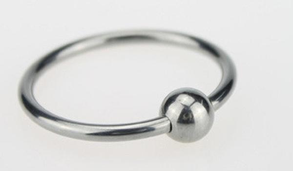 стальное кольцо на член